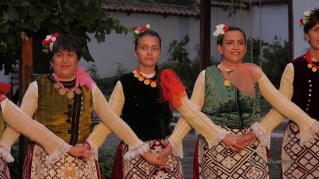Традиционен танц Ръка, Алфатар -  Това е България