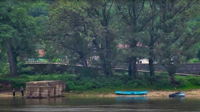 По река Дунав -  Това е България
