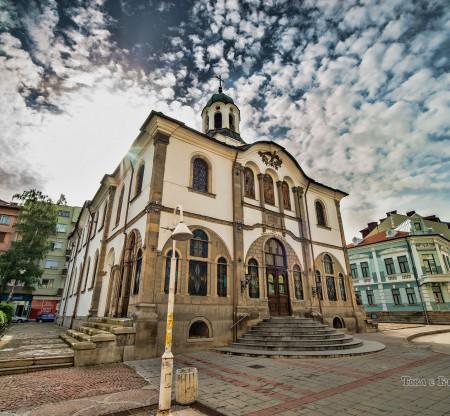 """Църквата """"Успение Богородично"""" – Гарбово -  Това е България"""