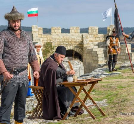 Възстановка на крепостта Овеч – Провадия -  Това е България