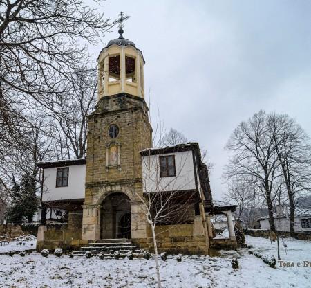 """Църквата """"Свети Пророк Илия"""" – село Боженците -  Това е България"""