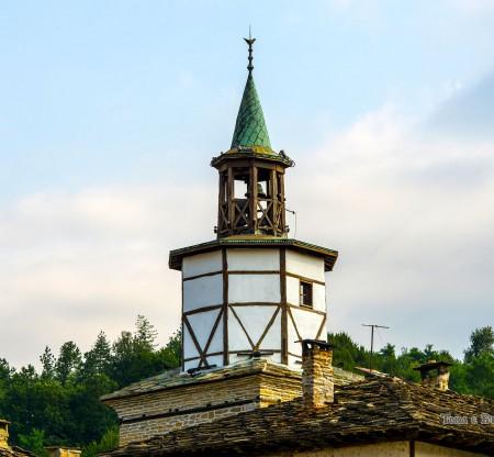 Трявна – Часовниковата кула -  Това е България