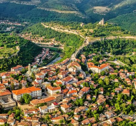 Велико Търново – панорама -  Това е България