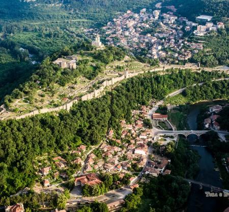 Велико Търново – панорама над Царевец -  Това е България