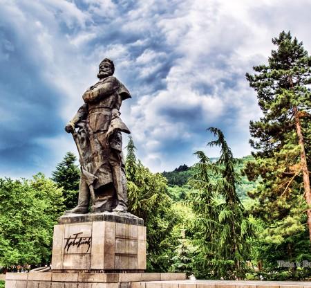 Паметник на Христо Ботев -  Това е България