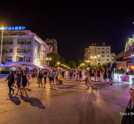 Нощна Варна -  Това е България