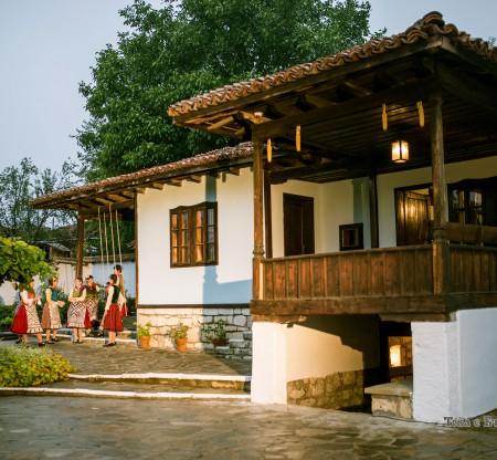 Добруджанска къща – Алфатар -  Това е България