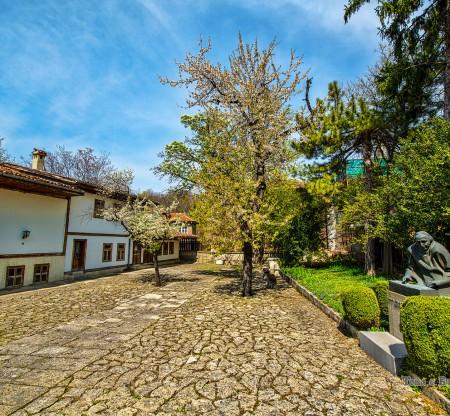 """Къща-музей """"Панчо Владигеров"""" – Шумен -  Това е България"""