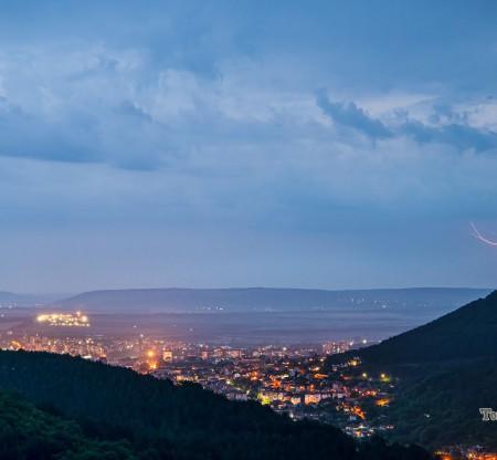 Буря над Шумен -  Това е България