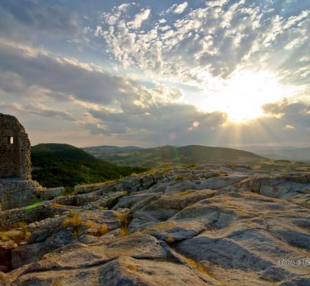Из руините на Перперикон -  Това е България