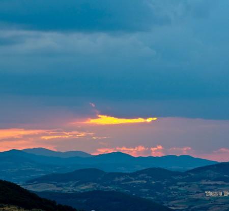 Залез над Източните Родопи -  Това е България