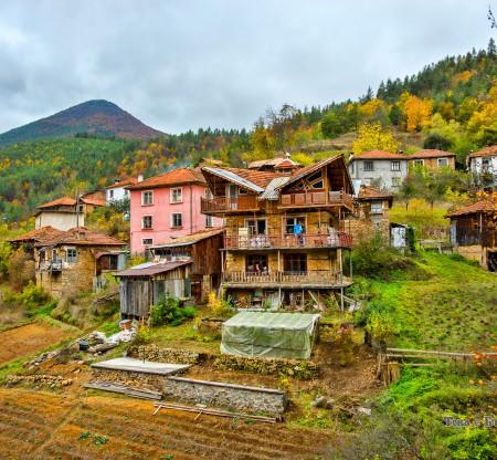Родопски къщи -  Това е България