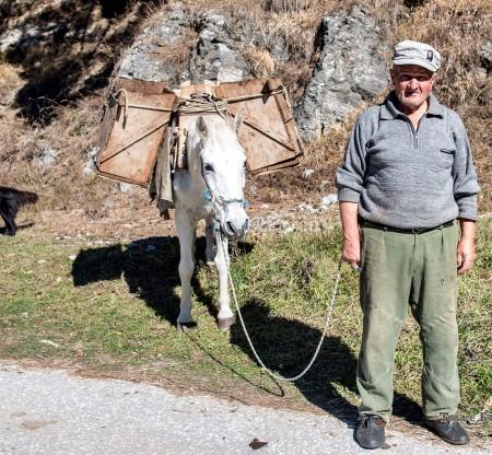 Дядо с магаренце – Мугла -  Това е България
