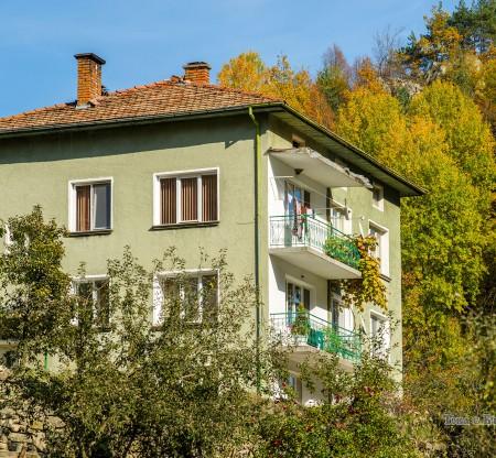 Родопска къща -  Това е България
