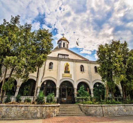 "Храм ""Свети Великомъченик Георги Победоносец"" – Дупница -  Това е България"