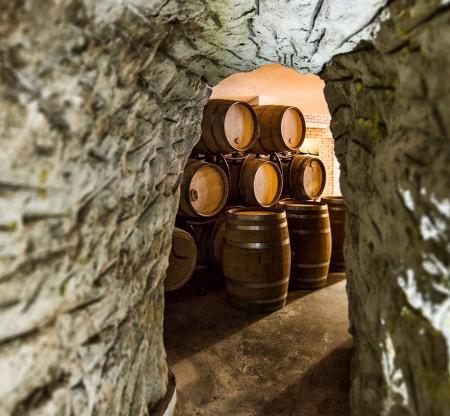 Бъчви с мелнишко вино -  Това е България