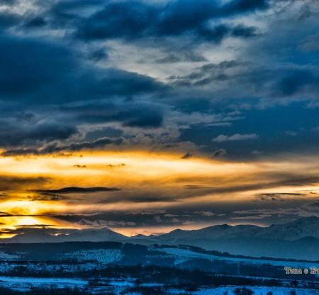 Зимен изгрев над Рила -  Това е България