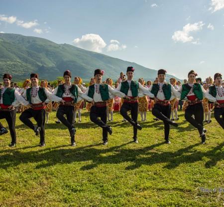 Празник на Розата – Карлово -  Това е България